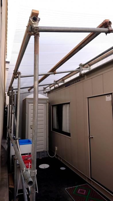 お世話になってる会社の新倉庫内での簡易屋根組立3