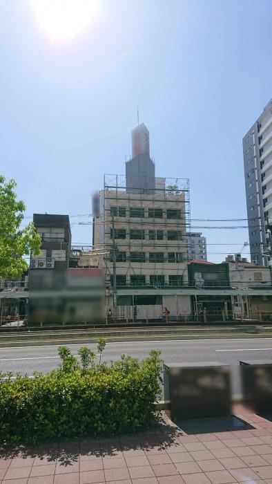 大阪、ビル解体工事1