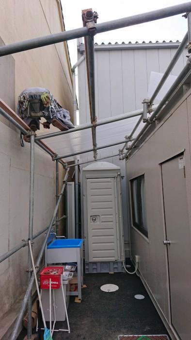 お世話になってる会社の新倉庫内での簡易屋根組立1