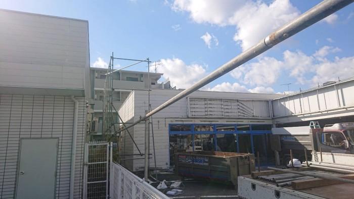 京都市内の店舗解体足場2