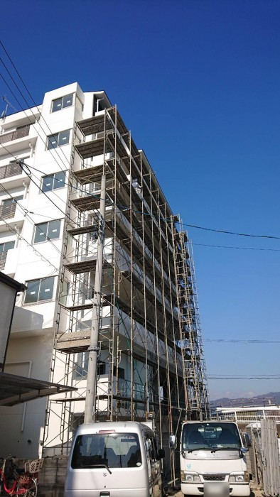 山科区椥辻の新築マンション足場解体作業4