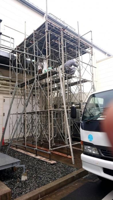 京都綾部の某大手の機械搬出入用の支保工ステージ