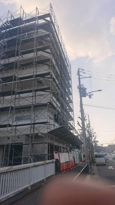 山科区椥辻の新築マンション足場解体作業3