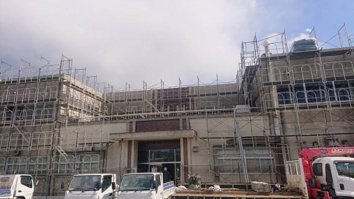京都宇治の浄水場の管理棟改修足場5